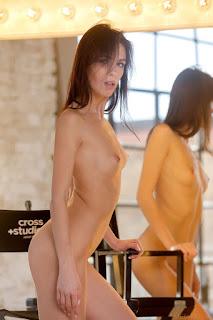 Horny and twerking - alice_wonder_22_34891_9.jpg