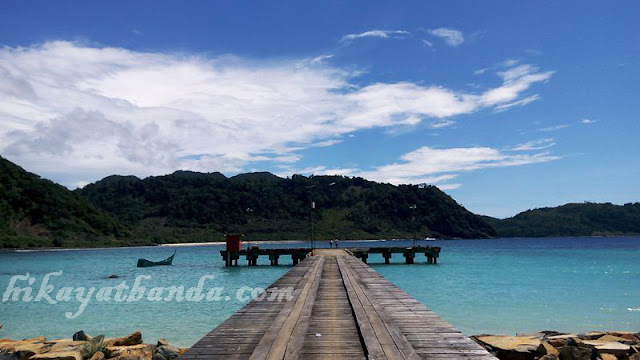 Parodi Cinta dari Pulau Breuh, Aceh Besar