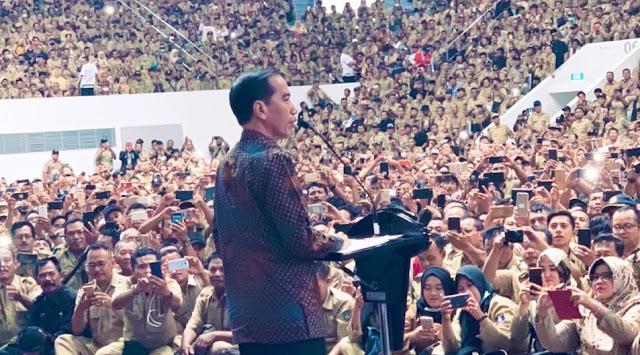Jelang Pelantikan Presiden, Jokowi Ditagih Janji Menaikkan Gaji Aparat Desa di Aceh