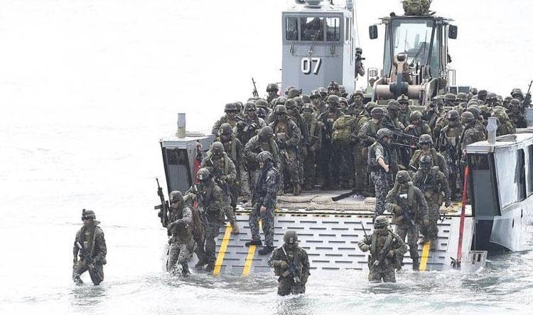 قوات المارينز الجيش الأمريكي القوات البحرية قوات المشاة البحرية