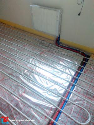 Комбинированное отопление: теплый пол на первом этаже, радиаторы на втором