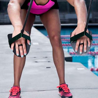 Dây kéo có tay quạt trên cạn kháng lực bơi lội NZCORDZ Strechcordz With Paddles S101