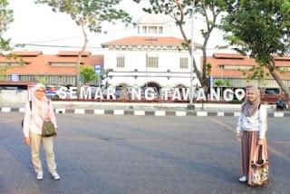 Kuliner-Semarang,Nasi-Ayam-Bu-Nyoto,Traveling-ke-Semarang