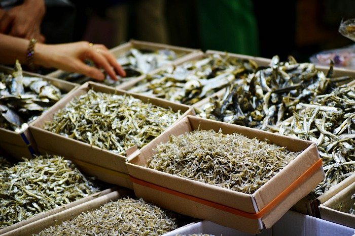 Tongyeong's fish market korea