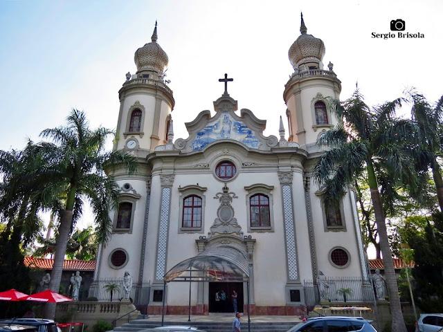 Vista ampla da bela e famosa Paróquia Nossa Senhora do Brasil - Jardim América - São Paulo