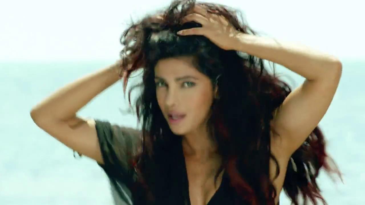 Hq Dvd Captures Of Indian Actress Priyanka Chopra -4856