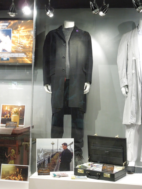 Matt Damon Bourne Identity movie costume