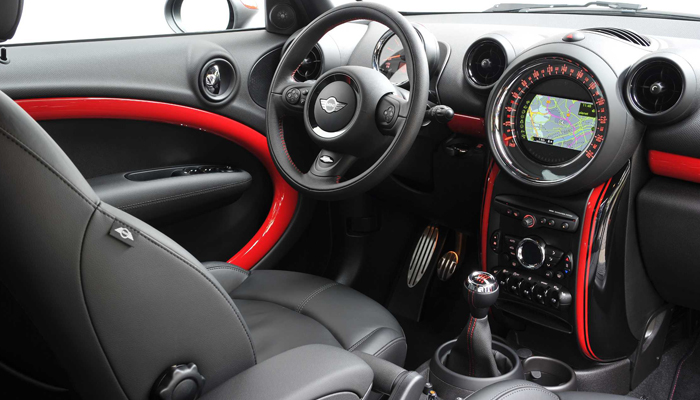 Auto engine group mini countryman jcw on the track - Countryman interior ...