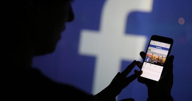 Demandan a Facebook por mil millones de dólares