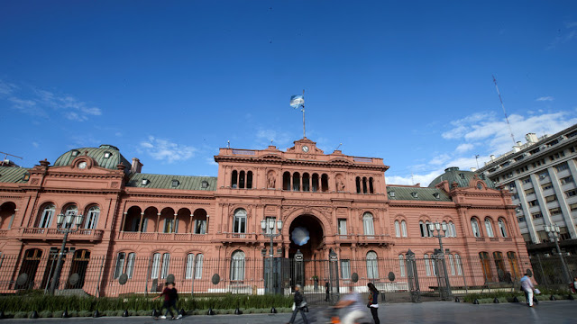 Argentina amplía hasta 426 personas la prohibición de entrada al país para altos funcionarios de Venezuela