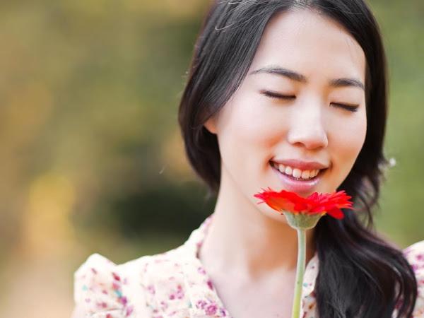 4 Cara Menghaluskan Kulit Wajah yang Mudah Dilakukan di Rumah