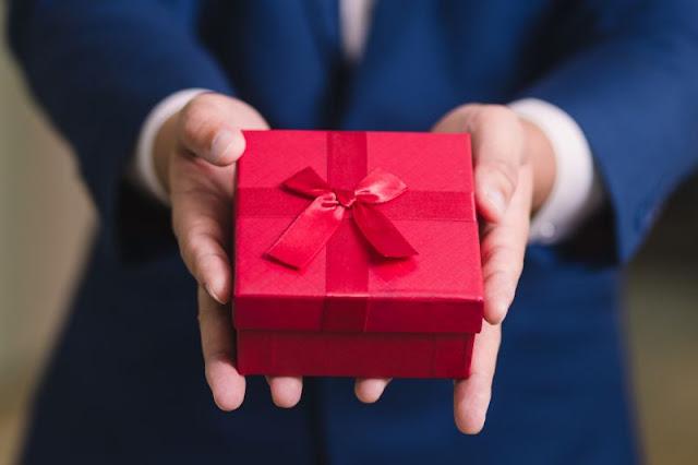 Hadiah Untuk Lelaki Yang Sesuai Bagi Mereka