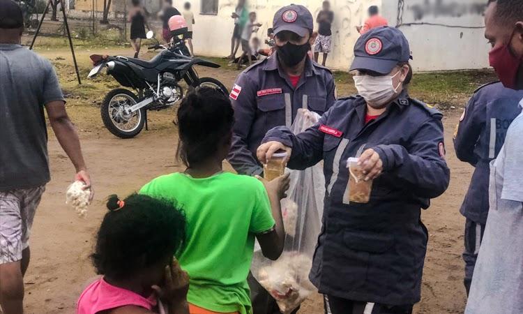 Projeto Sopa Solidária do 8°GBM atende 150 pessoas em Jequié