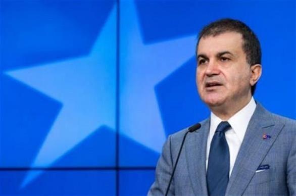 Τσελίκ: «Να μην προστατεύσει η Ρωσία το συριακό καθεστώς»