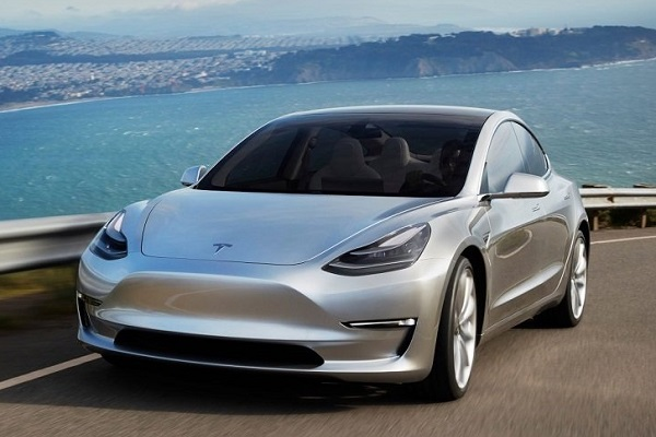 Así se fabrica el Tesla Model 3 Video