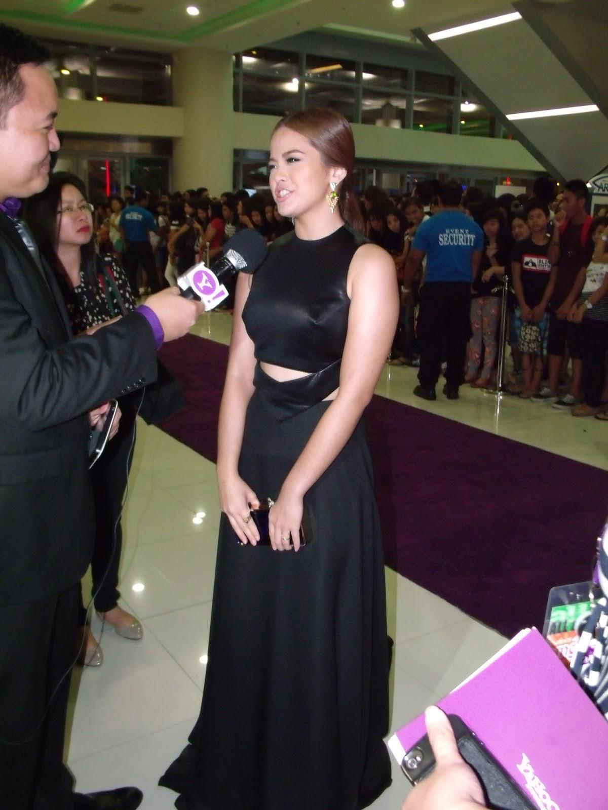 What Happened at Yahoo! OMG Awards 2013 |The Manila Urbanite