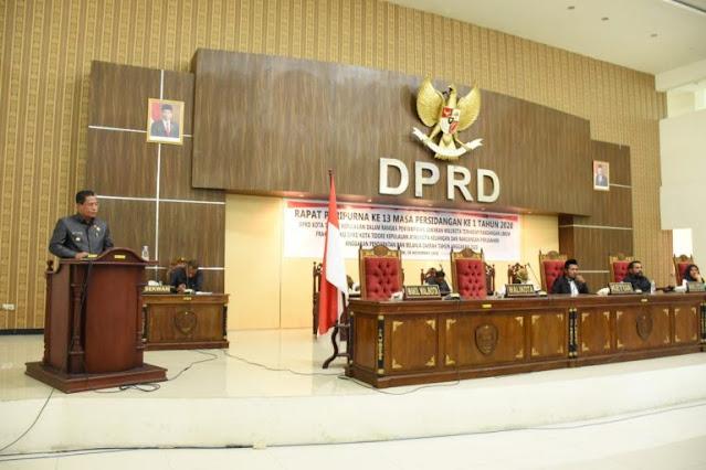 Ansar Daaly Jawab Pandangan Umum Fraksi-Fraksi DPRD Kota Tidore Kepulauan.lelemuku.com.jpg