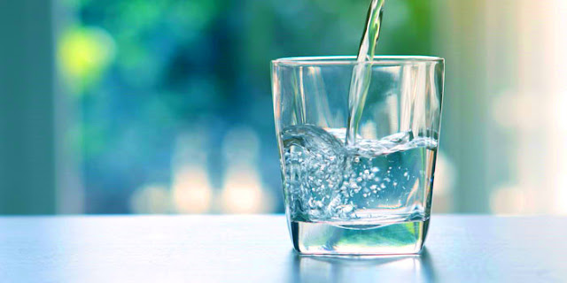 Jangan Minum Air Pada 5 Situasi Berikut