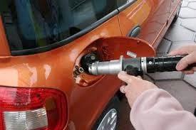 Με φυσικό αέριο θα κινούνται όλα τα οχήματα: Θεσμοθετείται η δυνατότητα μετατροπής τους