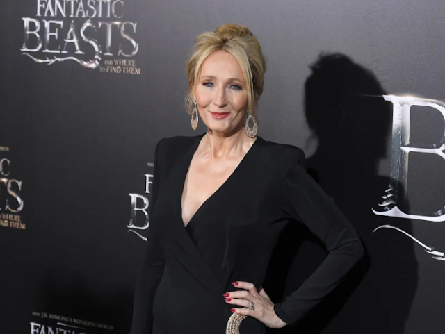 Everyone Is Mercilessly Trolling JK Rowling With Hilarious Harry Potter Tweets