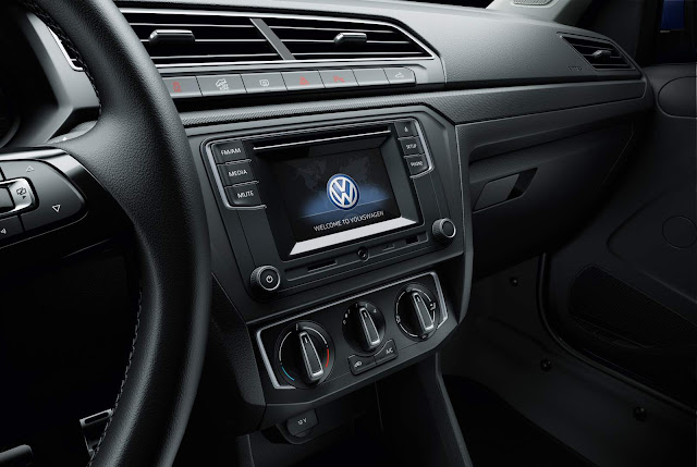 VW Saveiro Trendline 2017 - interior