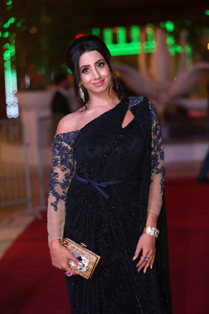 Sanjjanaa Latest Stunning Pics In Black Outfits Actress Trend