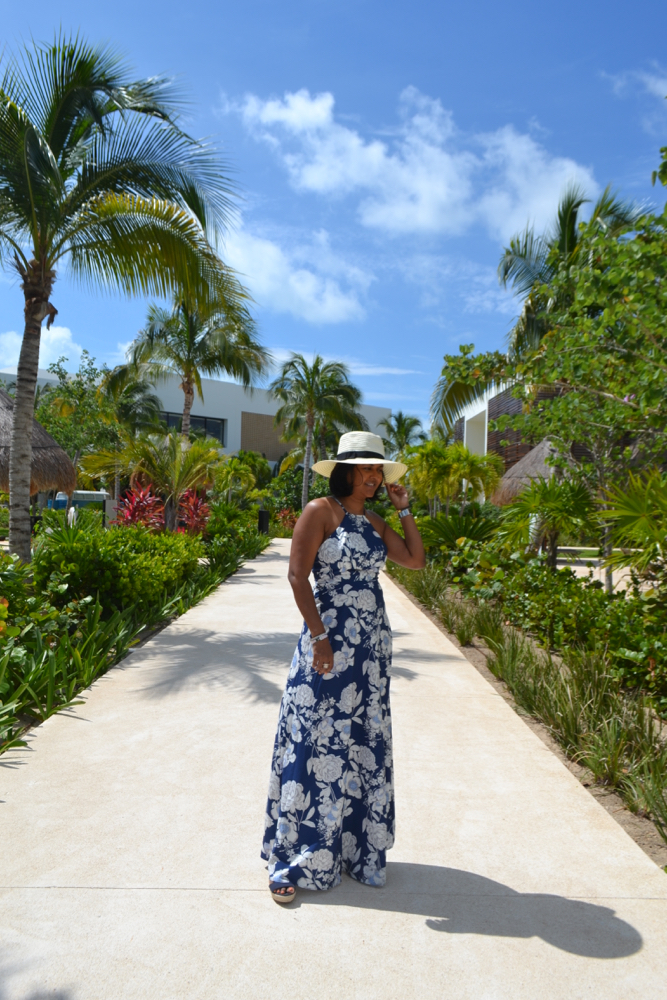 floral print maxi dress in playa mujeres cancun
