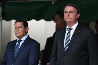 Mourão e Bolsonaro cada vez mais distantes