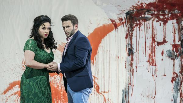 Em Paris, soprano brasileira Camila Titinger canta na ópera Don Giovanni