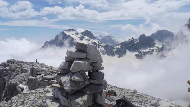 CIMA NASO MASSODI MT.2527 GRUPPO BRENTA TRENTINO ALTO ADIGE PH:Marisa Stella Alpina Manica