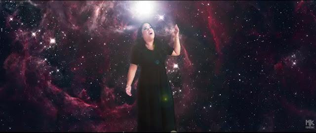 Clipe da canção A Voz, de Cassiane, tem nova versão