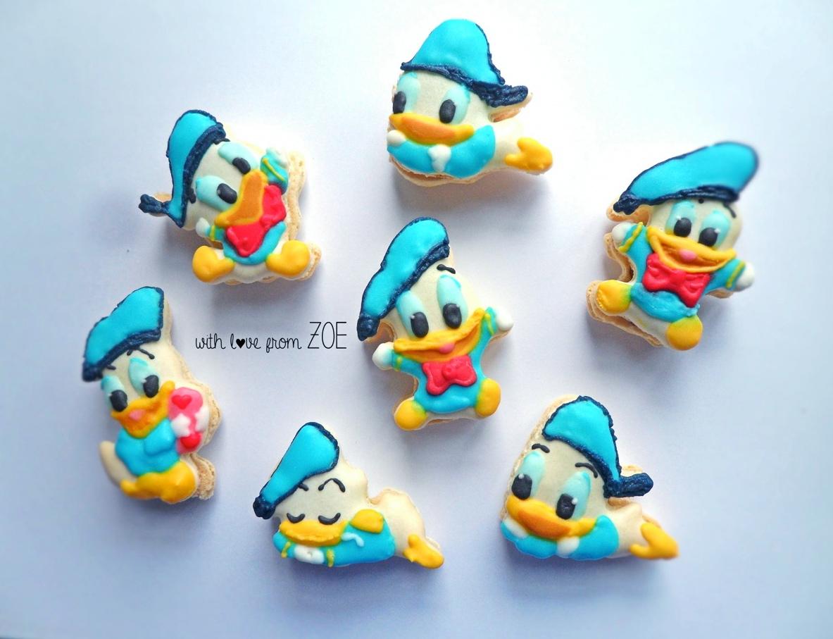 baby donald duck macarons
