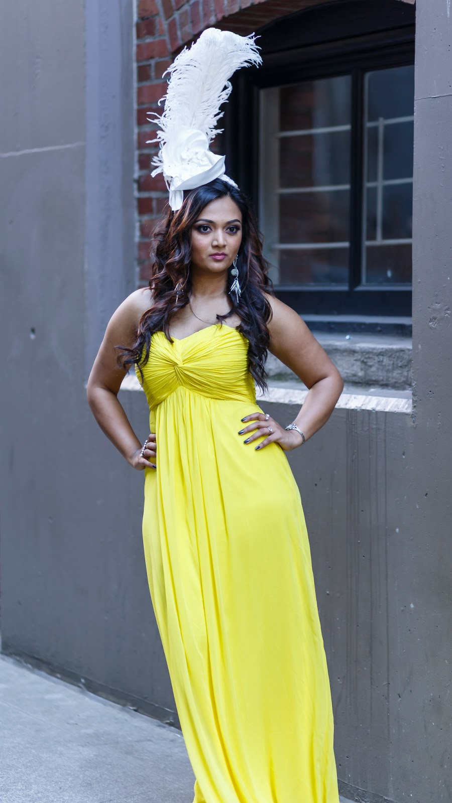 Seattle blogger, yellow dress, long  gown, how to wear bright colors, cocktail dress, seattle downtown,