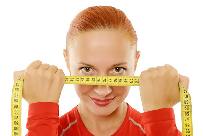 it is more difficult to lose weight in your face. You have to approach with balanced methods to tone your face as well decrease the puffy areas. Here are some tips on how to lose weight in your face faster: