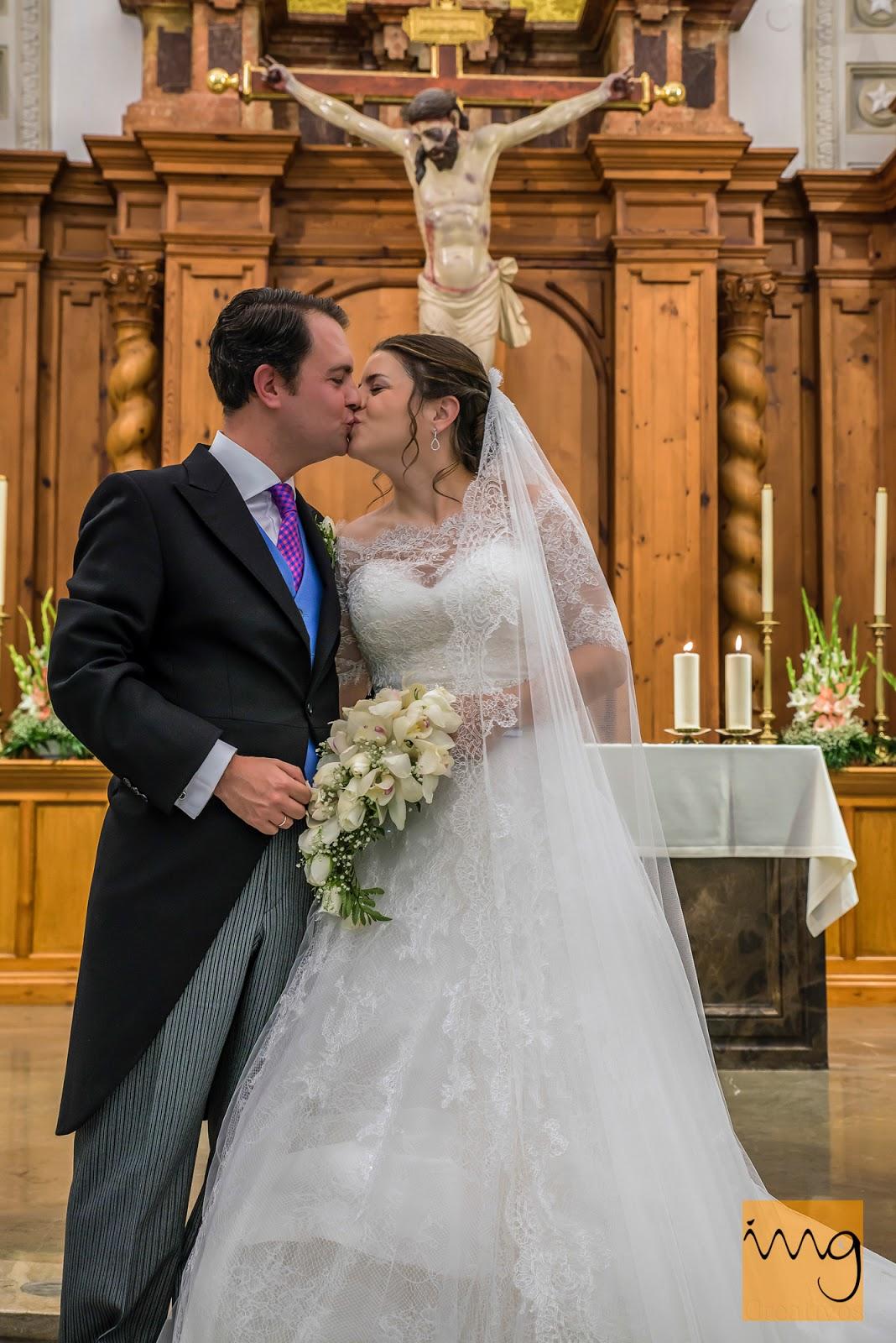 Fotografía de boda, el beso.