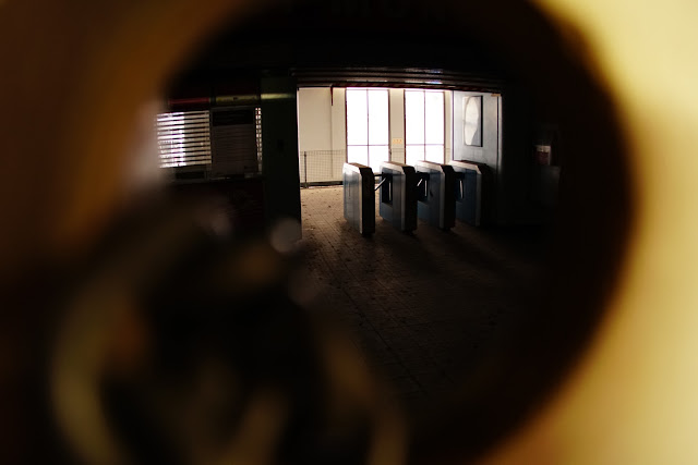 Abandoned City Centre monorail station interior (Sydney Monorail)