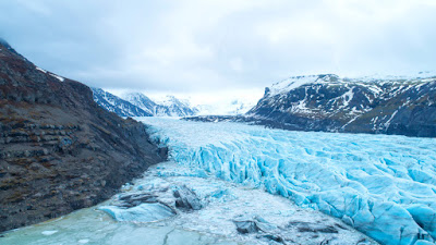 Vatnajökull glacier is one of the coolest outdoor activities for an Iceland road trip