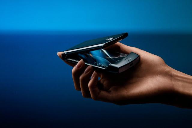 سعر ومواصفات هاتف Motorola Razr