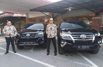 Kharisma Premium Sewa Mobil Solo yang Aman dan Mewah