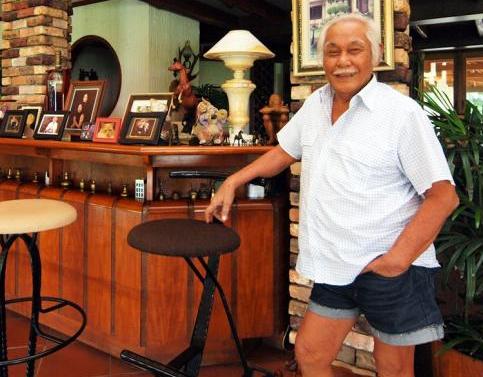 Kisah Sukses Bob Sadino, Dari Depresi Hingga Memiliki Supermarket Besar