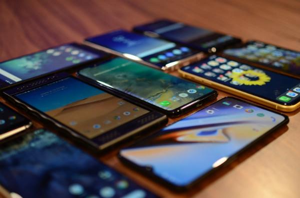 الكشف عن أكثر الشركات مبيعا للهواتف الذكية