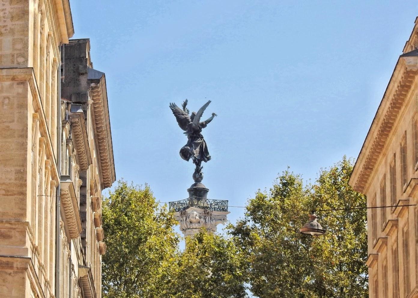 Bordeaux - widok na Place des Quinconces
