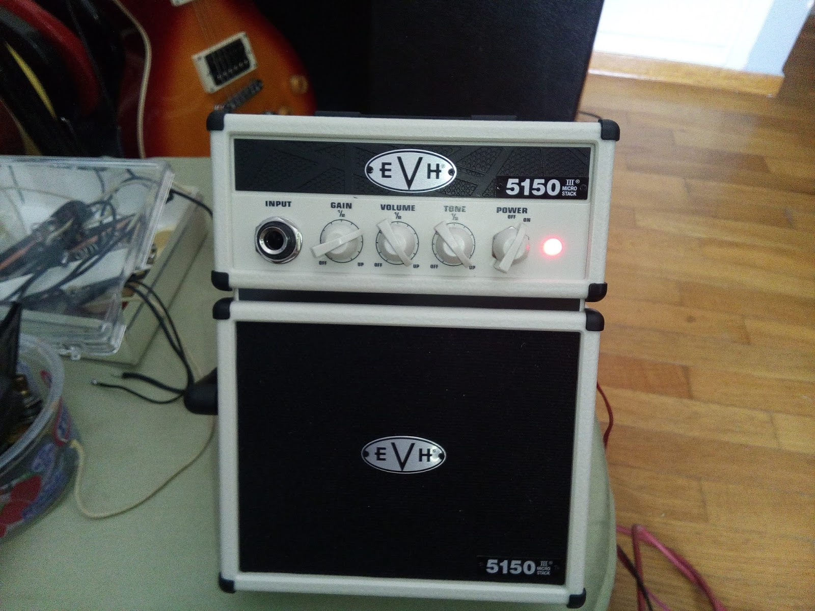 53c749bf44d Here s a new micro-amp project I ve recently finished. I bought the new EVH  5150 III Micro Stack amplifier to test it out as it was affordable and I  wanted ...