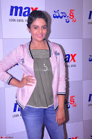 Sree Mukhi at Meet and Greet Session at Max Store, Banjara Hills, Hyderabad (17).JPG