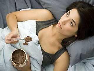 Minum Susu Sebelum Tidur Bisa Bikin Gemuk?