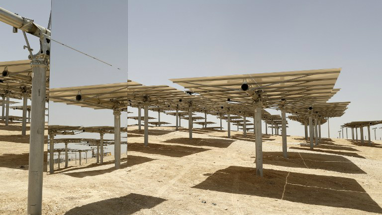зеркала солнечной электростанции Megalim