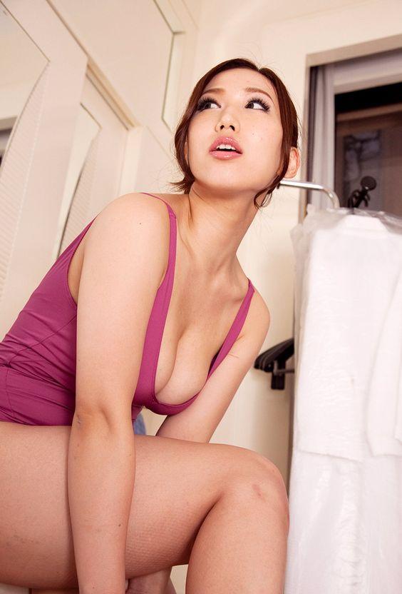 modern experience - Ai Sayama 佐山愛