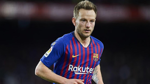 راكيتيتش يغادر قلعة برشلونة ويعود من جديد إلى إشبيلية بطل الدوري الأوروبي