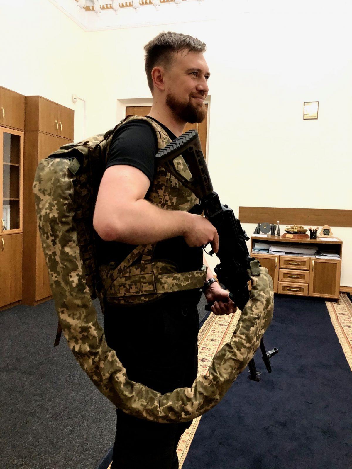 Бренд Rarog представив військовим кулеметний комплекс Хижак, пластикову кулеметну стрічку та засоби захисту