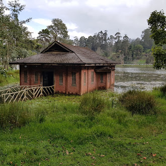 Lone House - Kodai Lake